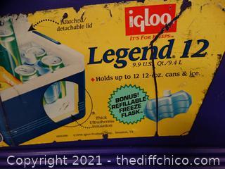 Igloo Legend Lunch Box