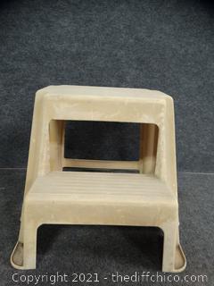 Plastic Step Stool