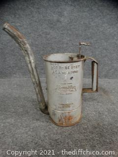 Brooking Oil Can
