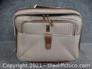 "London Fog Rolling Suitcase 15 1/2"" x 7"" x 17"""