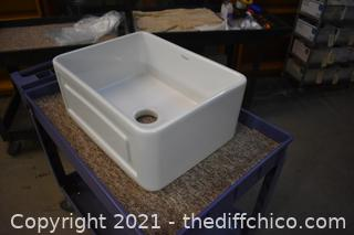 New Porcelain Whitehaus Sink