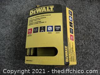 DeWalt 18 GA 1/4 Narrow Crown Staples