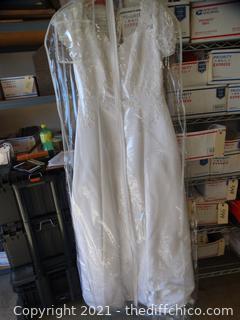 White Wedding Dress Unknown Size