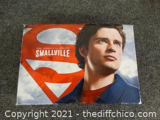 Smallville DVDS Set