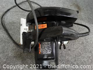 Black & Decker Circular Saw wks