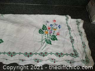 "Table Cloth 62"" x 78"""