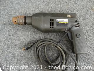 "Black & Decker Professional 1/2"" Dual Range Hammer Drill wks"