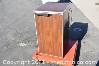 Working Wards Refrigerator / Freezer