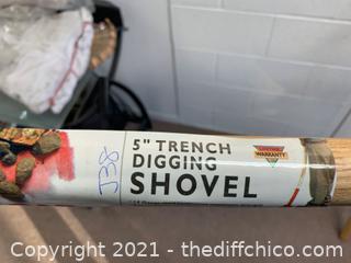 """Corona 5"""" Trench Shovel (J38)"""
