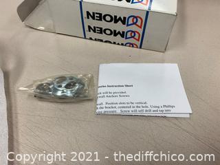 Moen YB2586CH  Castleby Chrome Towel Ring (J76)