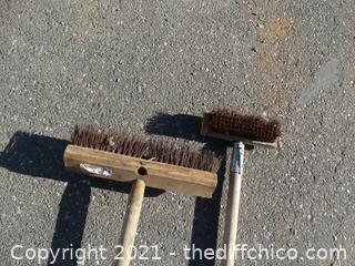 2 Wire Push Brooms
