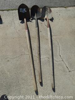 3 Round Head Shovels