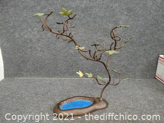 Metal Tree Décor