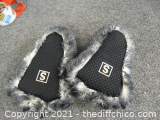 Bear Feet Slippers Small