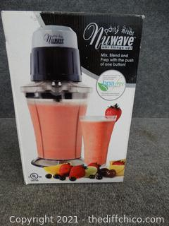 New.    NuWave Party Mixer