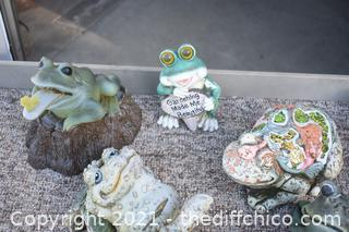 Lot of Frog Yard Art - crate not included