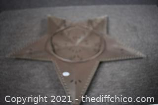 29 1/2in dia Wall Hanging Star