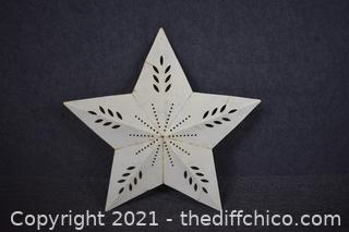 20in dia Wall Hanging Star