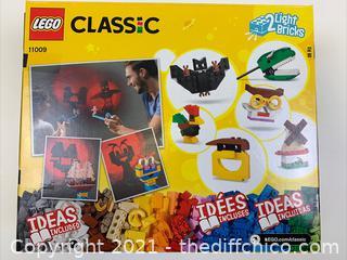 LEGO Classic Set 11009 441 Piece 2 Light Bricks Brand NEW Building Toy Creative