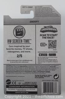 Hot Wheels 2016 Snoopy Peanuts #222/250 HW Screen Time