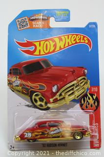 2016 Hot Wheels #97 HW Flames 7/10 '52 HUDSON HORNET Red w/Gold 5 Spoke Wheels