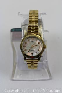 Timex Women's T2M827 Essex Avenue Gold-Tone Stainless Steel Expansion Band Watch