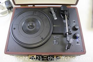 VICTROLA Journey Suitcase Record Player 3 Speed Turntable