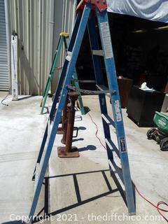 Louisville Ladder 6' Ladder