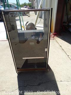 "Rolling Case With Glass Door 33 1/2"" x 18"" x 16"""