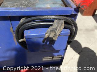 "Metal Tool Cleaner 3ft x 31""x 21"""