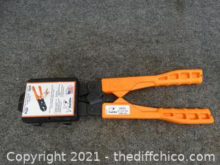 """Shark Bite PEX Crimp Tool 1/2"""" & 3/4"""""""