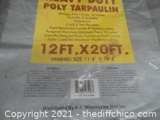 New Heavy Duty Poly Tarpaulin Tarp  12ft x 20 ft