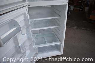 Working Whirlpool Refrigerator