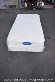 Simmons Deep Sleep Mattress Set - 76in x 37in
