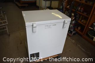Working Holiday Box Chest Freezer