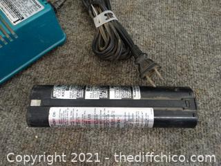 Makita FastCharge  Charger & Battery wks