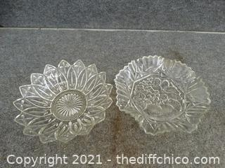 2 Glass Serving Dishes