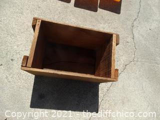 "Wood Box 10 1/2"" x 16 1/4"" x 9 1/4"""