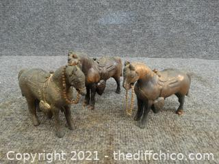 3 Copper Horses