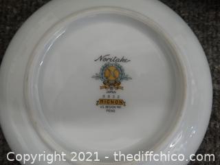 "Noritake  China Dinner Plates 10 1/2"""