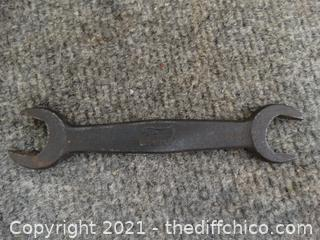 Ford Wrench 4 O 2