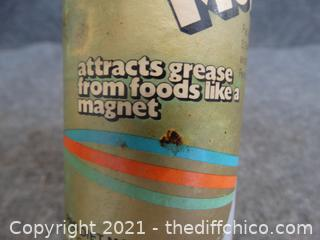 Magic Mop Made in Ireland Attracts Grease