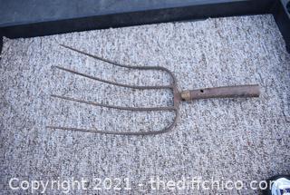 Hay Fork - no handle