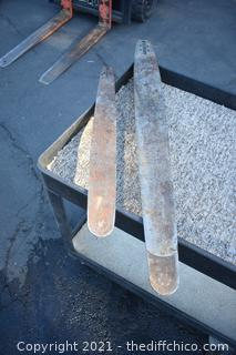 2 Chainsaw Bars