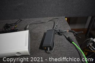 XBox 360 plus Game - powers up