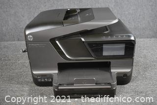 HP Office Jet 8600 - powers up