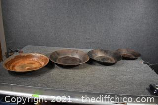 4 Gold Pans