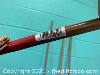 Bond 820 Deluxe Rake, 10 in W Bamboo Head, Bamboo Handle (J7)