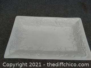 """Made In Italy Serving Dish  13 1/2"""" X 8 1/2"""""""