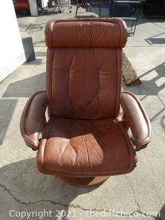 Augusto Brown  Leather  Reclining Chair